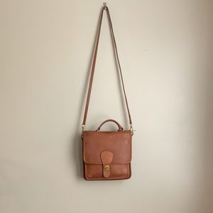 Coach : NYC Leather Station Bag
